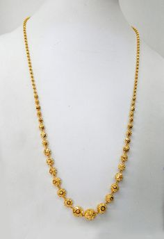 Gold Jewelry For Bridesmaids Jewelry Design Earrings, Gold Earrings Designs, Necklace Designs, Gold Jewelry Simple, Gold Rings Jewelry, Gold Chain Design, Indian Gold Jewellery Design, Gold Mangalsutra Designs, Schmuck Design