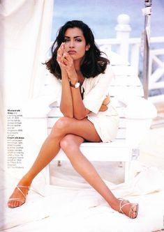 ☆ Yasmeen Ghauri | Photography by Walter Chin | For Elle Magazine UK | April 1991 ☆ #Yasmeen_Ghauri #Walter_Chin #Elle #1991