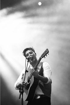 Marcus Mumford..let's get married right now..