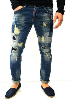 Denim Shirts, Denim Jeans, Boys Jeans, Vintage Jeans, Super Skinny Jeans, Refashion, Jeans Style, Dsquared2, Europe