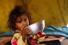 https://www.stellencompass.de/hungersnot-im-jemen-suedsudan-und-in-somalia/ Hungersnot im Jemen, Südsudan und in Somalia - UNO-Flüchtlingshilfe gibt drei Millionen Euro für Soforthilfe gd.ots.mh- Millionen Menschen im Jemen, Südsudan und in Somalia müssen hungern, Tausende sind vom Tod bedroht. Um eine Katastrophe zu verhindern, ist verstärkte internationale Unterstützung dringend erforderlich. Die UNO-Flüchtlingshilfe stellt daher drei Millionen Euro bereit für di