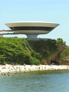 Niteroi Contemporary Art Museum in Rio De Janerio. Oscar Niemeyer architect.