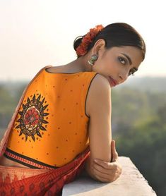 Diwali is around the corner and here is a list of 10 new high neck blouse designs. You can use these blouse as an inspiration to design your Diwali blouse Saree Blouse Patterns, Sari Blouse Designs, Fancy Blouse Designs, Dress Designs, Blouse Back Neck Designs, High Neck Blouse, Saree Styles, Blouse Styles, Indian Blouse