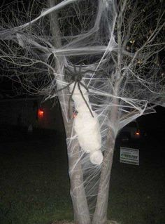 Do you agree that the main fun of the biggest spooky holiday is not only the day of the actual Halloween, but all the process of preparing the decorations for home and yard? Besides the interior decor of holiday, you do not ignor your house exterior, since it will help you to create a perfect [...]
