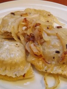 Húsos lengyel pirog Tasty Dishes, Chicken, Meat, Baking, Food, Bakken, Essen, Meals, Backen