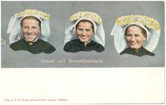 18055 Drie vrouwen met ondermuts en poffer...#Brabant