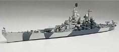 Plastic Tamiya Us Navy Battleship Iowa 1 700 Scale Ship … Waterloo Iowa, Uss Iowa, Tamiya Models, Leyte, Lego Military, Making Waves, Model Ships, Us Navy, Battleship
