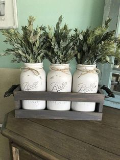Who Is Misleading Us About Farmhouse Decor Living Room Joanna Gaines Magnolia Homes? Diy Home, Easy Home Decor, Handmade Home Decor, Cheap Home Decor, Spring Home Decor, Home Decoration, Table Vintage, Vintage Home Decor, Magnolia Homes