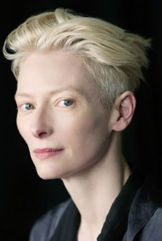 tilda swinton grey hair at DuckDuckGo Tilda Swinton, Blonde Hair Red Lipstick, Red Hair, Androgynous Women, Androgyny, Strawberry Blonde Hair Color, Short Blonde, Woman Face, Trendy Hairstyles
