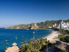 Colombia has beaches in the Pacific Ocean too, in the picture Nuqui beaches