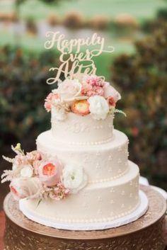 Wedding Cake Inspiration - Photo: Valorie Darling Photography