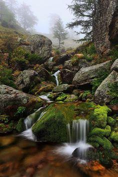 Italy photo via jose Image Nature, All Nature, Amazing Nature, Beautiful Waterfalls, Beautiful Landscapes, Beautiful World, Beautiful Places, Landscape Photography, Nature Photography