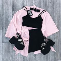 Teen Fashion Outfits, Mode Outfits, Grunge Outfits, Cute Fashion, Look Fashion, Outfits For Teens, Trendy Outfits, Korean Fashion, Mode Chic
