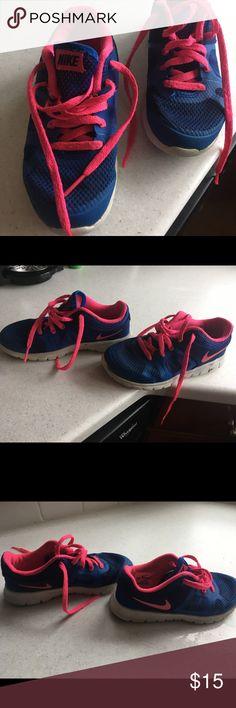 Nike flex RN girls size 12 C Girls Nike size 12 C. Nike flex RN.  Use one summer as seen in photo Shoes Sneakers