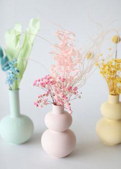 Modern Floral Arrangements, Dried Flower Arrangements, Vase Arrangements, Modern Vases, Dried Flower Bouquet, Dried Flowers, Flower Bouquets, Babys Breath Flowers, Pink Home Decor