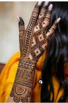 Simple Arabic Mehndi Designs, Back Hand Mehndi Designs, Latest Bridal Mehndi Designs, Stylish Mehndi Designs, Mehndi Designs For Beginners, Mehndi Design Photos, Wedding Mehndi Designs, Mehndi Designs For Fingers, Dulhan Mehndi Designs