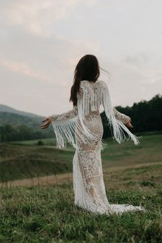 Boho weddings are super popular, and this trend is going to stay. If you are a boho bride, you may be looking for some inspiration, and what can be more inspiring than a beautiful boho wedding dress? Bohemian Bride, Bohemian Wedding Dresses, Chic Wedding, Bridal Dresses, Wedding Styles, Wedding Gowns, Dream Wedding, Bohemian Weddings, Forest Wedding