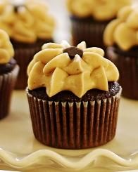 The light peanut butter buttercream just melts in your mouth. Perfectly matched with chocolate peanut butter cake.