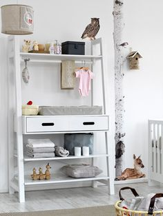 coming-kids-changing-table4