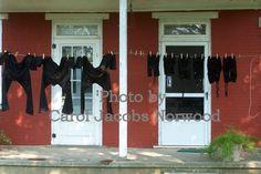 Amish laundry in Lebanon County, Pennsylvania.  Photo by Carol Jacobs Norwood.