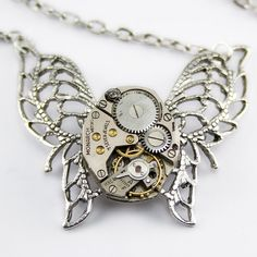 Steampunk necklace - lovelovewantwant - although I could probably make this... Hm.