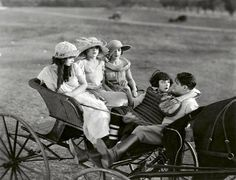 """Actress Colleen Moore in a scene from the movie """"Painted People"""" Baseball Movies, Colleen Moore, John Gilbert, Actor John, Scott Fitzgerald, Silent Film, Cinema, Scene, Actors"""