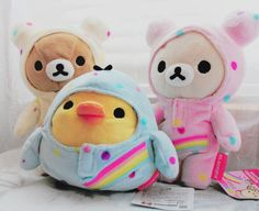 Ahhh so cute! Rilakkuma plushies in one piece jammies Sanrio Hello Kitty, Kawaii Room, Hamster, Cute Stuffed Animals, Babe, Cute Plush, Kawaii Cute, Kawaii Stuff, All Things Cute
