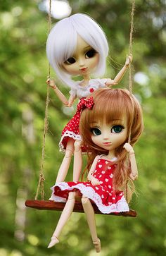 Girls' new swing | Flickr - Photo Sharing!