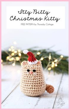 An adorable and free Christmas cat crochet pattern. This festive crochet pattern works up very quickly. An adorable and free Christmas cat crochet pattern. This festive crochet pattern works up very quickly. Crochet Christmas Gifts, Crochet Christmas Decorations, Crochet Christmas Ornaments, Christmas Cats, Free Christmas Crochet Patterns, Crochet Snowflakes, Christmas Bells, Christmas Angels, Christmas Flowers