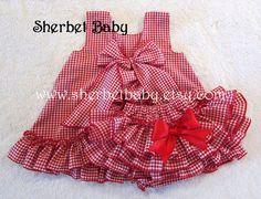 Guinga roja con volantes vestido de delantal y por SherbetBaby