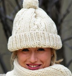 Classic Cable Hat Set - http://www.knittingboard.com/