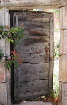 Portes d'entree : Portes Antiques