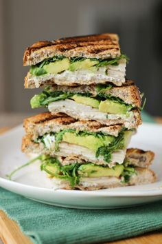 Healthy Meals 233483561905548789 - Turkey, Avocado, & Goat Cheese Panini Source by luvlylilkitchen I Love Food, Good Food, Yummy Food, Tasty, Crazy Food, Healthy Snacks, Healthy Eating, Healthy Recipes, Quick Recipes
