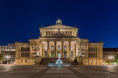 File:150524 Konzerthaus Berlin (Nacht) - clone.jpg
