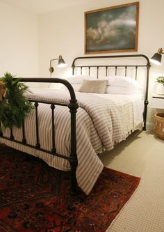 Simple spare room    A Guest Room Update + Our Favorite Things to Include - Chris Loves Julia