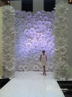 Paper Flower Wall 11' X 16' White or Ivory Flowers for Weddings, Window Display, Fashion Photos, Music Festivals, Photo Backdrop #wedding #mybigday