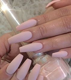 Matte Nail Polish Ideas Try out this beautiful pale beige matte nail polish. Simplicity is beauty.Try out this beautiful pale beige matte nail polish. Simplicity is beauty. Matte Nail Polish, Nude Nails, Blush Nails, Coffin Nails Matte, Spring Nail Art, Spring Nails, Summer Nails, Gorgeous Nails, Pretty Nails