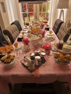 Tante Cornelia's Tea voor 06 dames in Hoorn