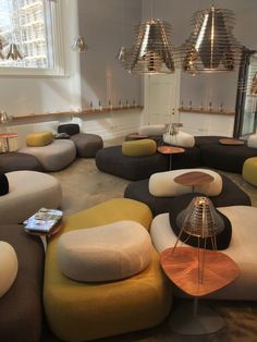 hitch mylius | hm63 pebble-like units - victoria  albert musem vip room