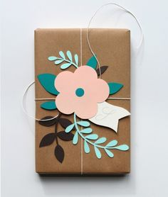 Creative wrapping DIY - gift wrapping ideas and a good way to use of some pre made die cuts. Creative Gift Wrapping, Present Wrapping, Wrapping Ideas, Creative Gifts, Wrapping Papers, Creative Gift Packaging, Creative Ideas, Paper Gifts, Diy Paper
