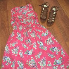 BeBop - Pink Floral Dress Wear this pretty pink floral dress to work as well as to brunch! This versatile dress has pockets and an elastic waistband. In like new condition. BeBop Dresses Midi