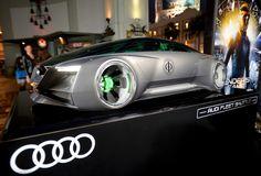 Cinéma : Audi fleet shuttle quattro dans La Stratégie Ender : vidéo  Comme vu dans un précédent article, Audi a participé au film événement « La Stratégie Ender » (Ender's Game) en créant une voiture virtuelle, l'Audi fleet shuttle quattro, et une vidéo vient d'être diffusée afin de la découvrir en détails, peu après la première du film.
