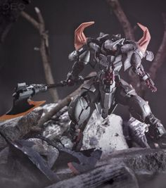 Here's another impressive customized kit from Sir DEO, check the images for the details. Mythological Monsters, Gundam Custom Build, Gunpla Custom, Super Robot, Gundam Model, Dnd Characters, Mobile Suit, Rwby, Zbrush