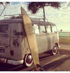 surf VW Bus ☮ pinned by https://www.soundroyalties.com/