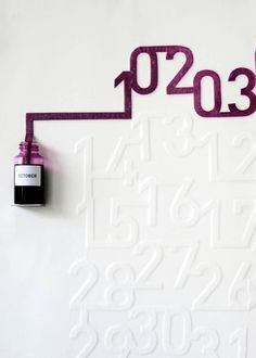 Ink calender - it takes 24 hours for the ink to move to the next date...wauw! Awesome