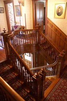 c 1900 Queen Anne - Fleischmanns NY George F Barber - 299 000 - Old House Dreams Interior Staircase, Mansion Interior, Staircase Design, Home Interior, Old Mansions Interior, Grand Staircase, Interior Design, Victorian Interiors, Old Victorian Homes
