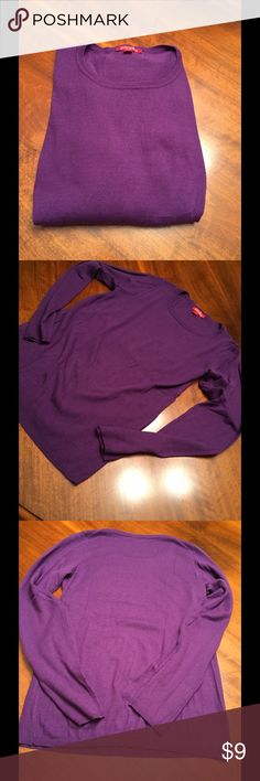 Purple long sleeve sweater Purple long sleeve sweater by Roz & Ali, size small. The material is incredibly soft.  Never worn and in great condition. Machine wash and line dry. 100% acrylic. Roz & Ali Sweaters Crew & Scoop Necks