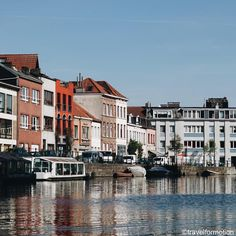 The last #blue #summer #sky #city along the #water #gent #ghent #visitgent #ghentcity #historic #houses #vsco #vscocam #guardiantravelsnaps #travel #wanderlust #travelgram #belgium #igbelgium #belgium_unite