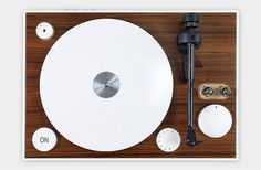 The ON Turntable has a USB port to connect to your computer or laptop and is even equipped with a Bluetooth aptX audio receiver to pair with your smartphone, tablet, or mp3 player.
