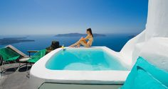 Luxury Suites Santorini combines a world of beauty and tradition! Imerovigli Santorini, Santorini Greece, Travel And Leisure, Greek Islands, Luxury Life, Beautiful Sunset, Explore, Outdoor Decor, Summer
